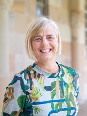 Ms Mandy Shircore