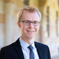 Dr Andrew Fell